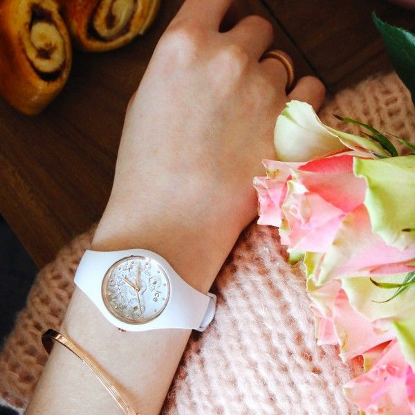 Relógio ICE Flower Branco IC016669